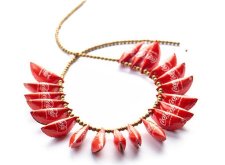 coca-cola-caps-necklace.jpg