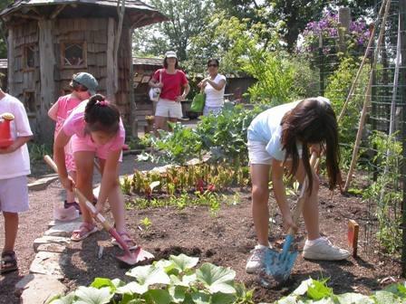 Children-Gardening.jpg