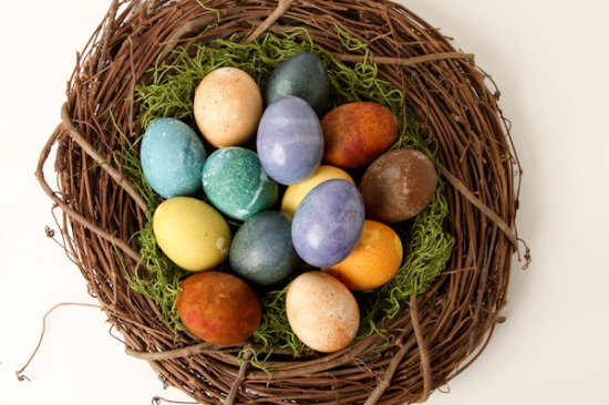 Natural-Dyed-Eggs-51.jpg