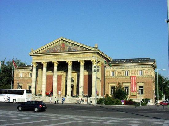 A budapesti Múcsarnok a Hősök terén