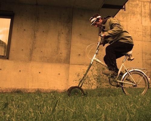 florian hauswirth svájc fűnyírás zéró kibocsátás kerékpár energiatakarékosság kert