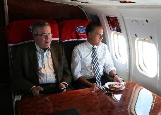 Jeb Bush és Mitt Romney