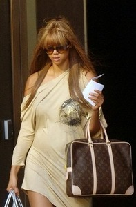 Tyra Banks & Louis Vuitton