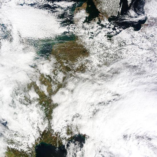 Európa a hófelhők alatt