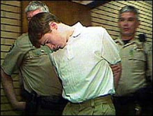 kip kinkel school shooter Newly released videotapes are shedding light on teen shooter kip kinkel springfield, ore police have made public tapes of kinkel recorded after his shooting rampage on may 21, 1998 kinkel, now 17, is serving a 112-year sentence after pleading guilty to murdering his parents and two students at.